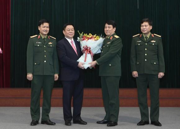 Thượng tướng Nguyễn Trọng Nghĩa giữ chức Trưởng Ban Tuyên giáo Trung ương   ảnh 4