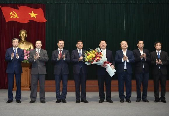 Thượng tướng Nguyễn Trọng Nghĩa giữ chức Trưởng Ban Tuyên giáo Trung ương   ảnh 5