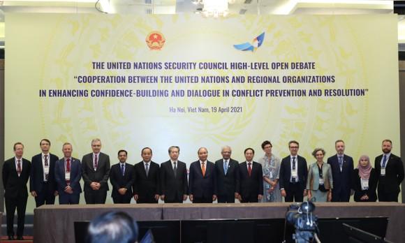 Chủ tịch nước Nguyễn Xuân Phúc chủ trì phiên thảo luận Hội đồng Bảo an Liên hiệp quốc ảnh 2