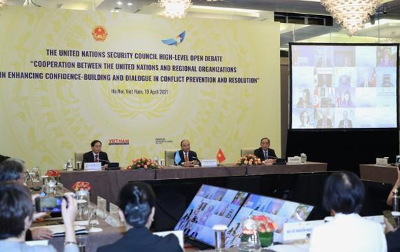 Chủ tịch nước Nguyễn Xuân Phúc chủ trì phiên thảo luận Hội đồng Bảo an Liên hiệp quốc ảnh 5