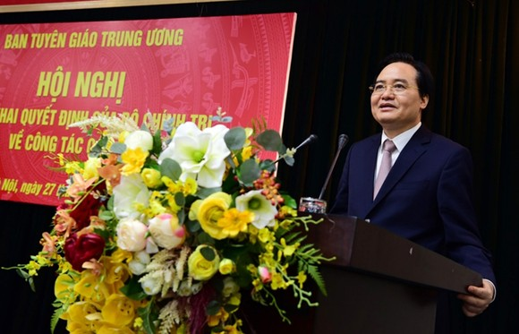 Bộ Chính trị bổ nhiệm đồng chí Phùng Xuân Nhạ giữ chức Phó Trưởng Ban Tuyên giáo Trung ương ảnh 2