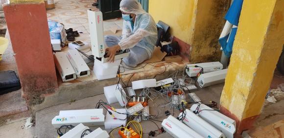 Viettel hoàn thành lắp đặt và kết nối 3.000 camera giám sát tại các khu vực cách ly ảnh 2