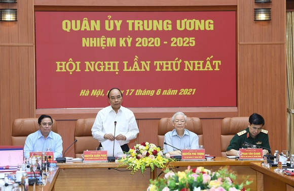 Tổng Bí thư Nguyễn Phú Trọng chủ trì Hội nghị thứ nhất Quân ủy Trung ương nhiệm kỳ mới ảnh 3
