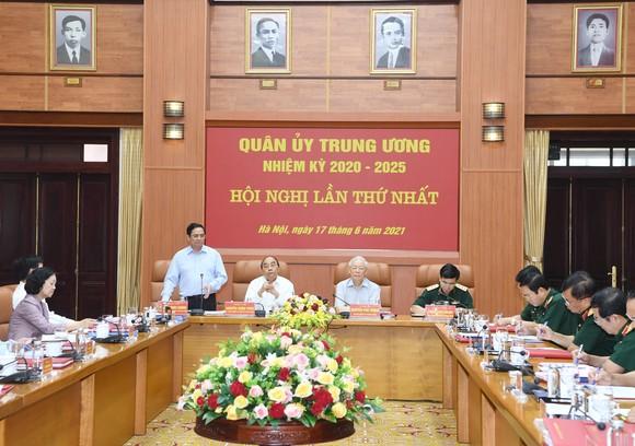 Tổng Bí thư Nguyễn Phú Trọng chủ trì Hội nghị thứ nhất Quân ủy Trung ương nhiệm kỳ mới ảnh 4