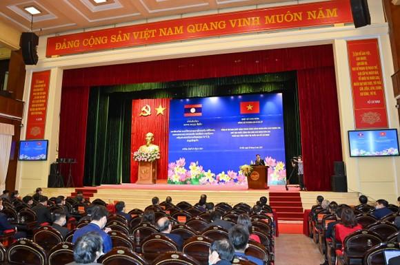 Cùng nhau bảo vệ thành quả cách mạng, phát triển đất nước, giữ gìn quan hệ đặc biệt Việt - Lào đời đời bền vững ảnh 4