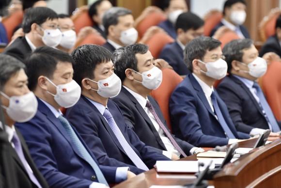 Bộ Chính trị đã tiếp thu tối đa và giải trình thấu đáo những vấn đề có ý kiến khác ảnh 5