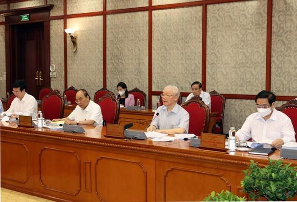 Tổng Bí thư Nguyễn Phú Trọng: Phải chống tiêu cực trong lĩnh vực tư tưởng chính trị, đạo đức, lối sống ảnh 2