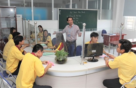a lesson at a vocational education and training facility (Photo: SGGP)