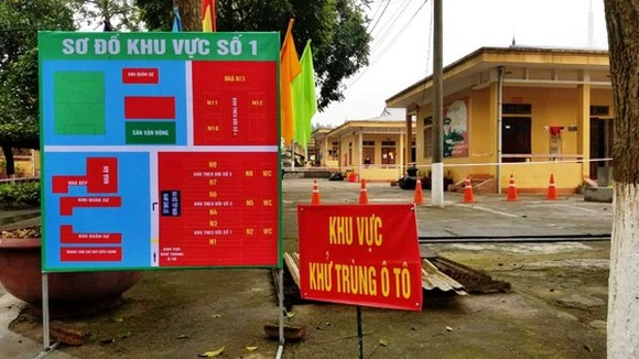 Only authorized personnel allowed in quarantine areas (Photo: SGGP)
