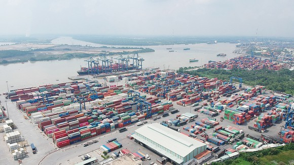 A port in HCMC ( Photo: SGGP)