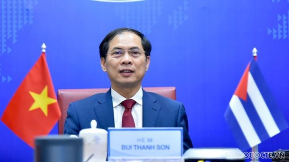 Permanent Deputy Minister of Foreign Affairs of Vietnam Bui Thanh Son at the political consultation on March 2 (Photo: baoquocte.vn)