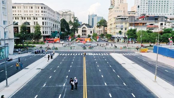 HCMC's Le Loi Street becomes clear, spacious