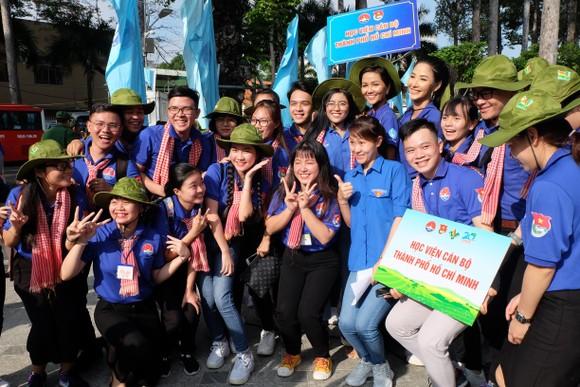 Ra quân Chiến dịch tình nguyện Mùa hè xanh lần thứ 26 năm 2019 ảnh 3