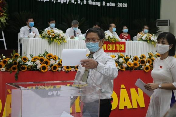Đồng chí Lâm Đình Thắng tiếp tục làm Bí thư Quận ủy quận 9 ảnh 1
