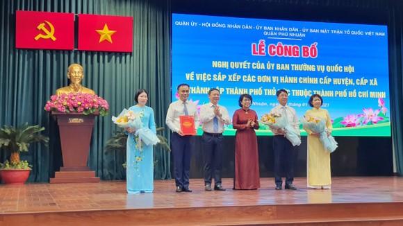 Quận Phú Nhuận và quận 10 công bố sáp nhập các phường trên địa bàn ảnh 1