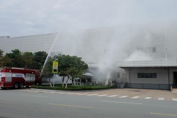 Diễn tập phương án phòng cháy chữa cháy tại Công ty Điện tử Samsung ảnh 2