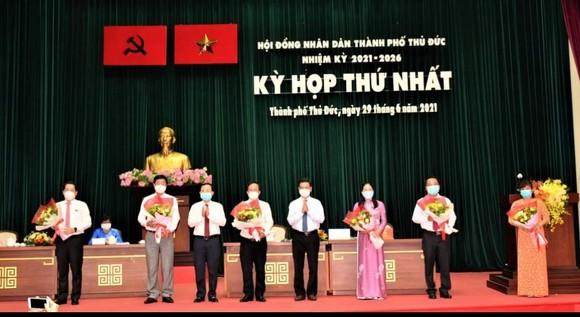 Đồng chí Hoàng Tùng tái đắc cử Chủ tịch UBND TP Thủ Đức ảnh 1