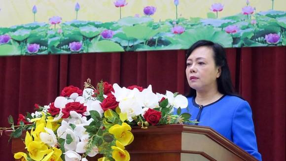 Bộ trưởng Bộ Y tế Nguyễn Thị Kim Tiến phát biểu tại Hội nghị