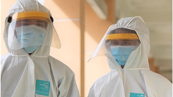 TPHCM chính thức vận hành bệnh viện dã chiến phòng chống dịch nCoV ảnh 9