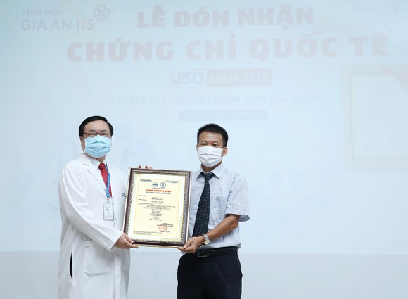 Thêm một bệnh viện tại TPHCM đạt chứng nhận quốc tế về xét nghiệm huyết học ảnh 1