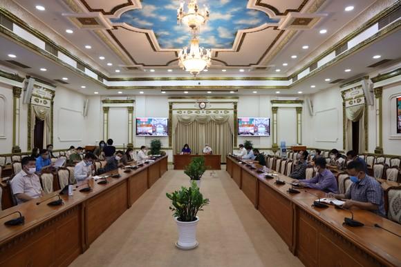 Nếu 50% lượng người từ sân bay Vân Đồn lưu trú tại TPHCM thì có 3.000-5.000 trường hợp phải cách ly ảnh 1