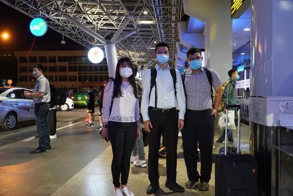 Đội phản ứng nhanh Bệnh viện Chợ Rẫy với 3 thành viên lên đường chi viện cho tỉnh Gia Lai vào sáng 3-2-2021