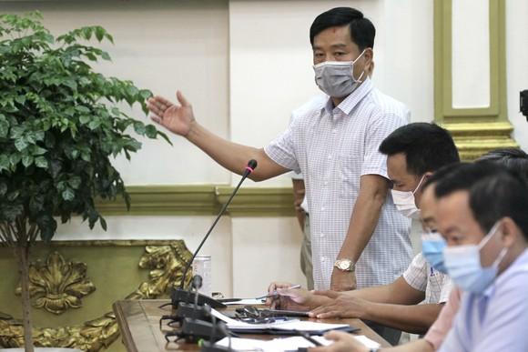 Từ 18 giờ ngày 3-5, TPHCM tạm dừng một số dịch vụ không thiết yếu ảnh 3