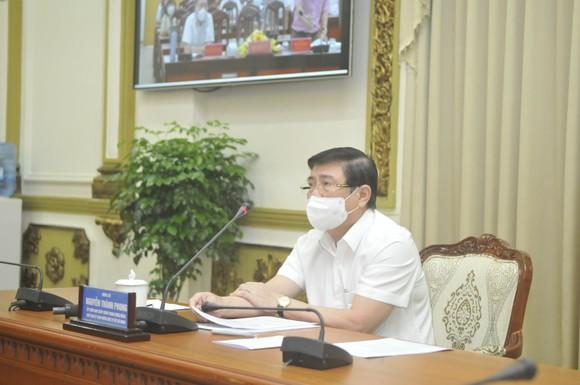 TPHCM: Áp dụng nghiêm các biện pháp khoanh vùng, truy vết, không để dịch bệnh lây lan ảnh 3