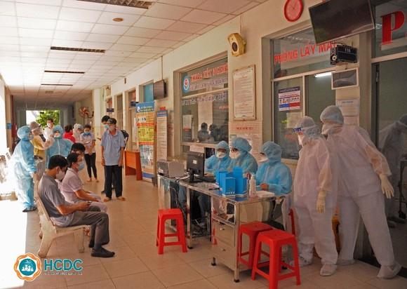 Phong tỏa Bệnh viện quận Tân Phú khi phát hiện hội viên Hội thánh truyền giáo Phục Hưng đến khám bệnh ảnh 3