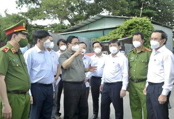 Thủ tướng Chính phủ Phạm Minh Chính: Cả nước đang mong đợi, hy vọng, trông chờ và tin tưởng vào TPHCM ảnh 4