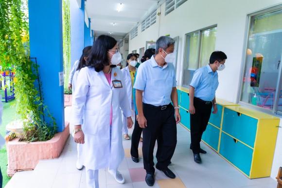 TPHCM: Khánh thành trung tâm chăm sóc trẻ sơ sinh có mẹ mắc Covid-19 ảnh 2