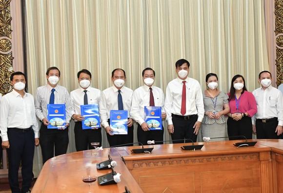 PGS-TS Tăng Chí Thượng làm Giám đốc Sở Y tế TPHCM ảnh 4