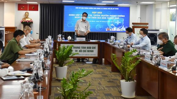 Phó Ban Chỉ đạo phòng chống dịch Covid-19 TPHCM Phạm Đức Hải chủ trì buổi họp báo
