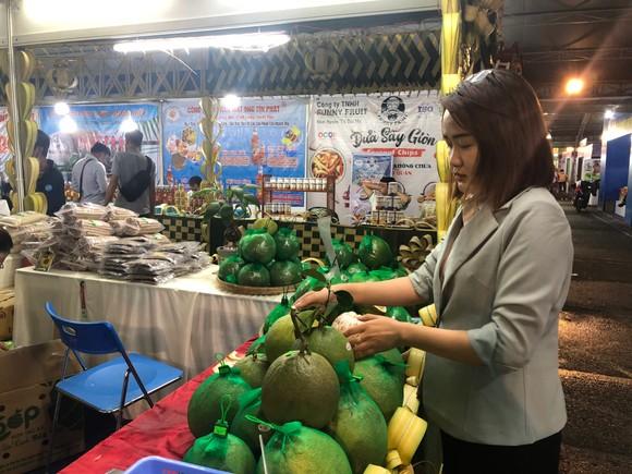 Nhiều sản phẩm nông nghiệp Bến Tre ký kết ghi nhớ với siêu thị ảnh 1