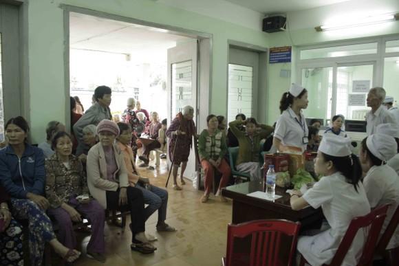 Khám sức khỏe miễn phí hơn 600 người dân vùng Sơn Mỹ ảnh 1