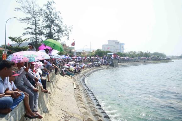 Lễ khao lề thế lính Hoàng Sa trên đảo Lý Sơn (Quảng Ngãi) ảnh 9