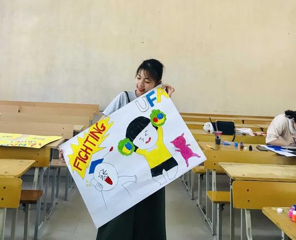 Vẽ hình HLV Park Hang-seo để cổ vũ thí sinh THPT Quốc gia năm 2019 ảnh 7