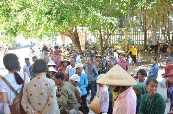 Bệnh viện Đại học Y Dược TPHCM khám chữa bệnh miễn phí cho người dân Quảng Ngãi ảnh 4