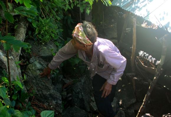 Chuyện người đàn ông hơn 45 năm sống biệt lập giữa núi rừng  ảnh 6