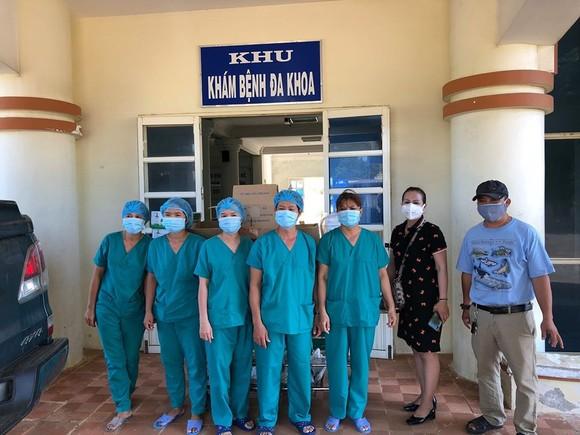 Cận cảnh Bệnh viện dã chiến ở Quảng Ngãi ảnh 18