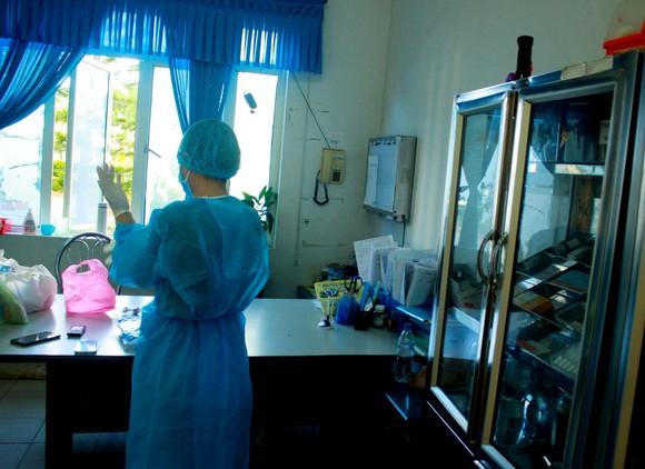 Cận cảnh Bệnh viện dã chiến ở Quảng Ngãi ảnh 9
