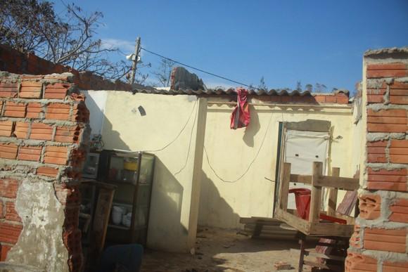Nghệ An: Ngập lụt, nguy cơ sạt lở nhiều nơi, di dời dân khẩn cấp ảnh 13