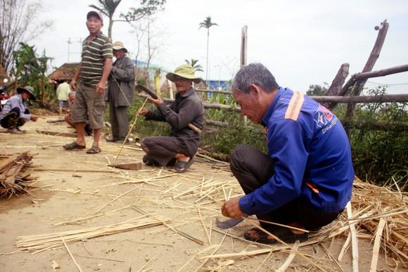 Xóm ốc đảo sông Trà Bồng khắc phục sau lũ ảnh 7