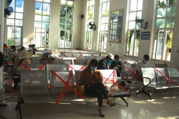 Quảng Ngãi cho học sinh nghỉ học từ 12 giờ trưa ngày 6-5 để phòng, chống dịch ảnh 2