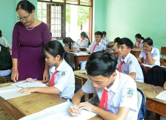 Học sinh Quảng Ngãi đi học trở lại ngày 12-5, kết thúc năm học trước 20-5 ảnh 1