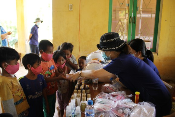Tỷ lệ suy dinh dưỡng ở trẻ em vùng núi Quảng Ngãi ở mức rất cao  ảnh 3