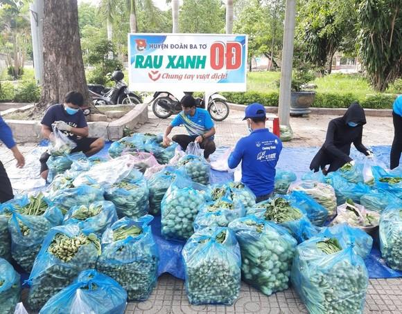 Quảng Ngãi, Quảng Bình hỗ trợ các nơi khó khăn vượt qua dịch Covid-19 ảnh 2