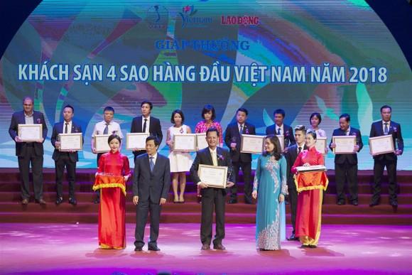 Mercure Danang French Village Bana Hills được vinh danh trong Top khách sạn 4 sao hàng đầu Việt Nam ảnh 1