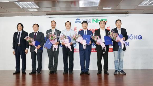 GS.TS. Mai Hồng Quỳ giữ chức Hiệu trưởng Trường Đại học Hoa Sen ảnh 1