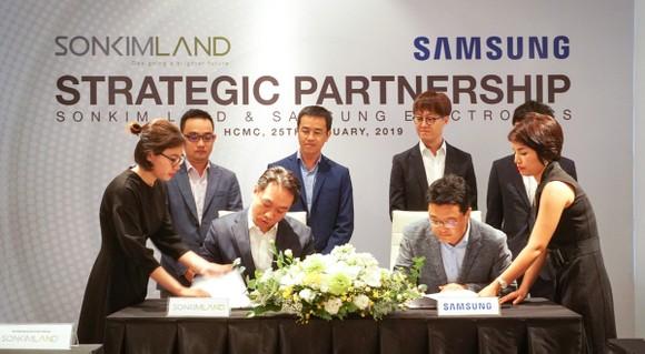 SonKim Land và Samsung Electronics ký kết hợp tác chiến lược ảnh 1